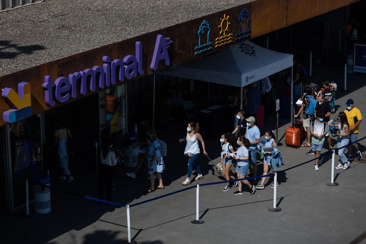 El sector turístico español teme una ola de rechazos por parte de los turistas extranjeros  Ciencias económicas