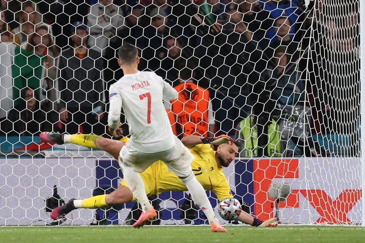 España, derrota para el futuro  Fútbol Eurocup 2021