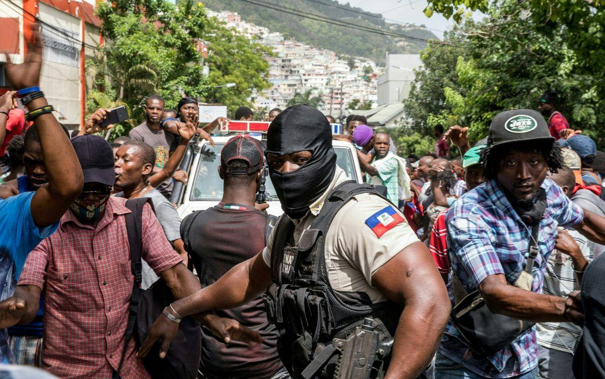 Jovenel Moïse: El asedio de los asesinos del presidente de Haití sacude las calles de la capital  Internacional