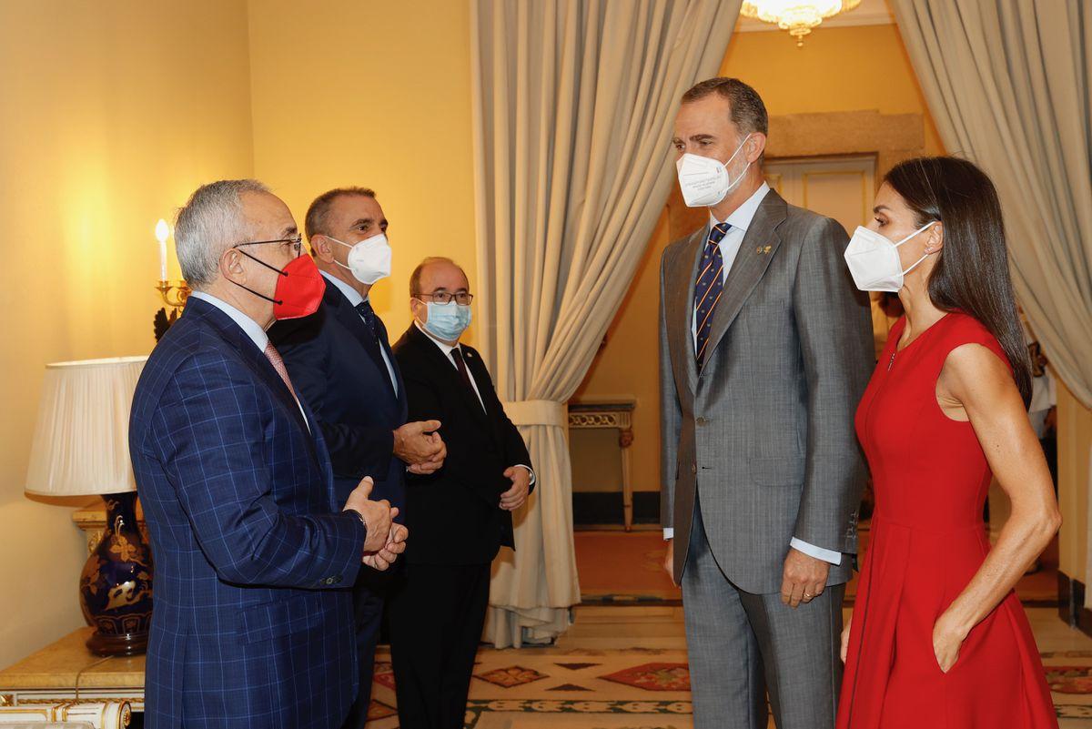 La Reina y la Princesa de Asturias han sido vacunadas contra el covid-19 en el WiZink Center  España