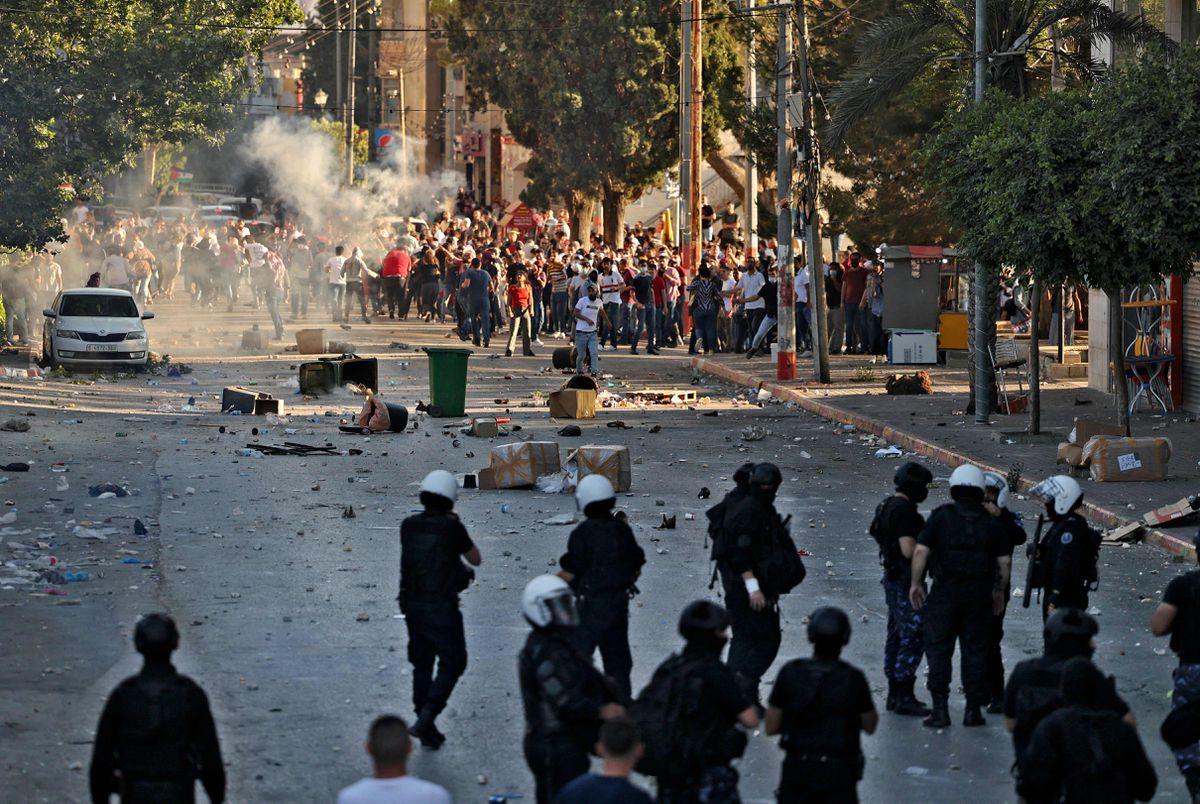 Las protestas marcan el declive de una autocracia invisible en Palestina  Internacional