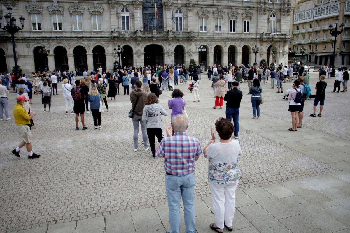 Policía interroga a implicados y testigos para esclarecer el fatal atentado a Samuel Luis en La Coruña    Comunidad