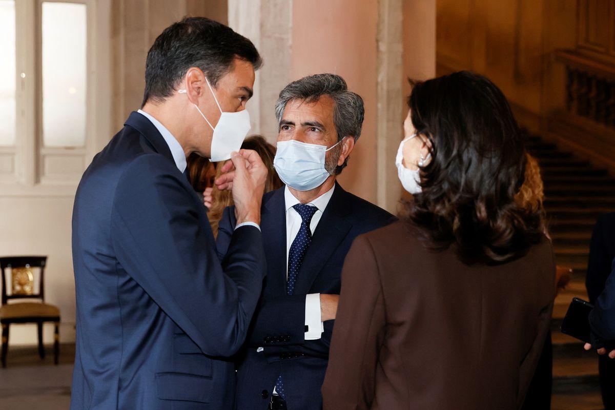 """Robles, sobre la frase: """"La constitución debe tener sentido de Estado""""  España"""