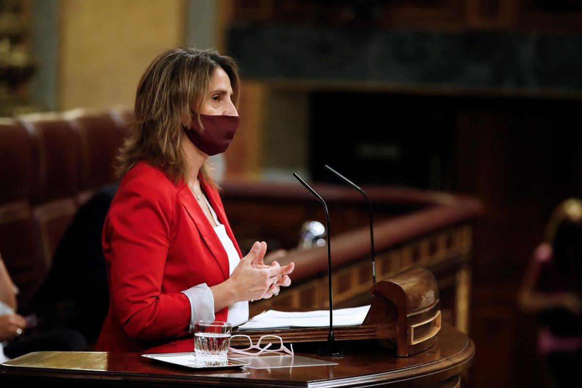 Sesión plenaria del Congreso, en directo  PSOE aumenta brecha en PP hasta los 5,2 puntos, pese a la polémica por los indultos, según CIS |  España