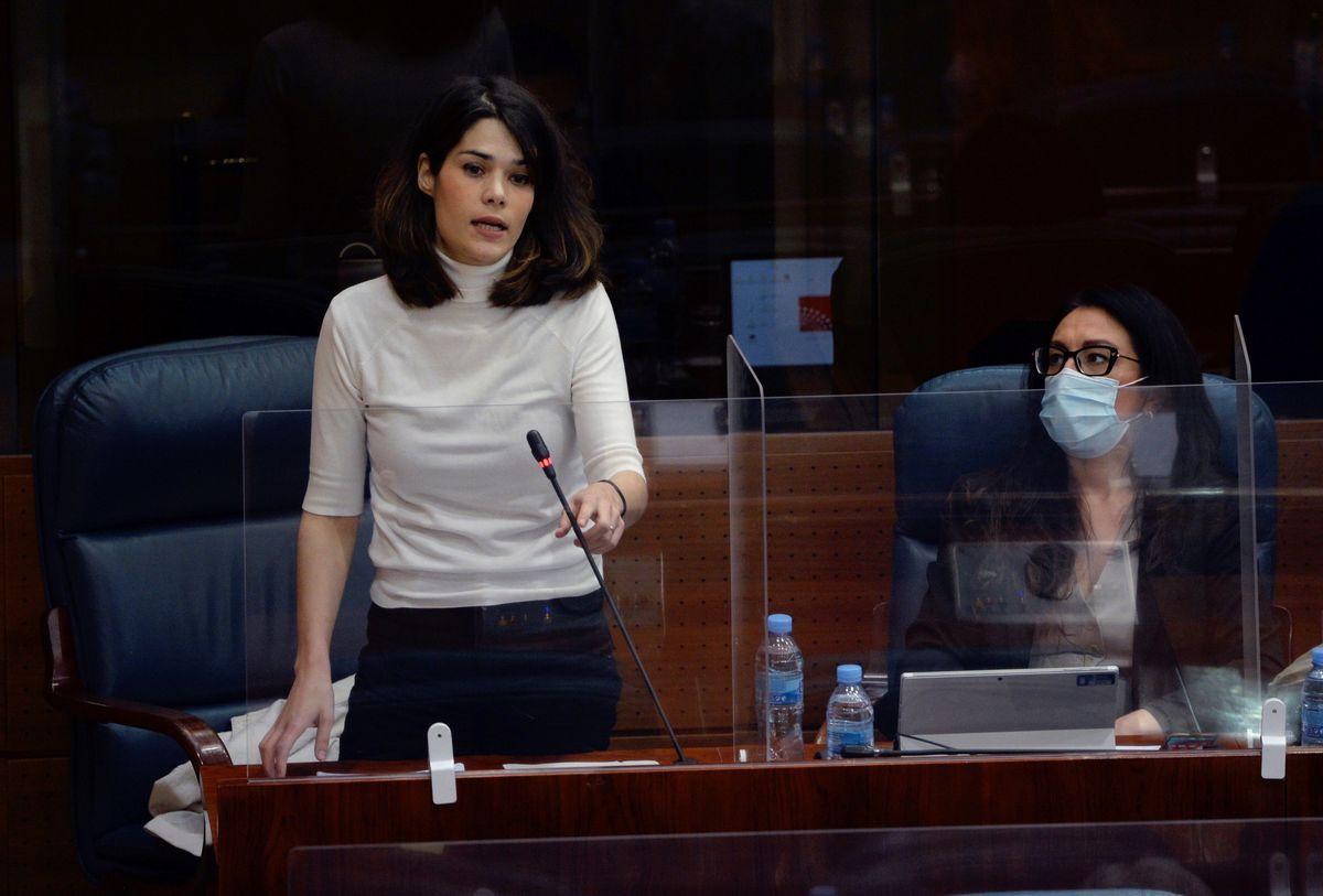 Suprema Corte ratifica sentencia de 19 meses a Isa Serra por agredir a policías durante el desalojo |  España