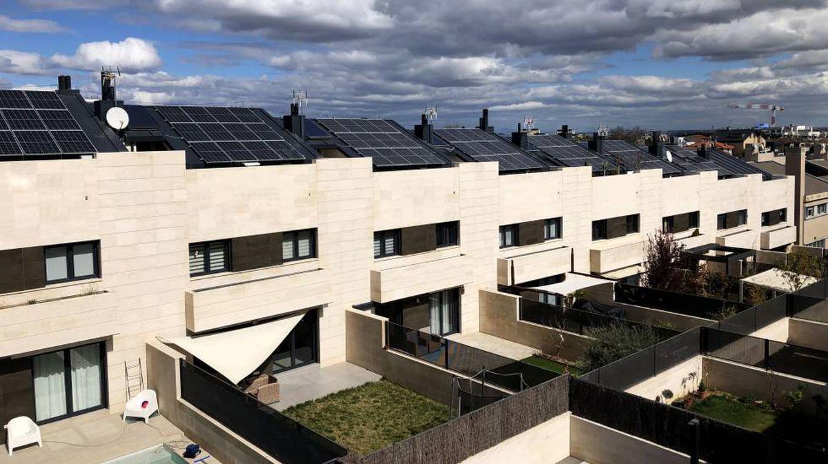 Transición ecológica completa plan de ayudas al autoconsumo de 650 millones para facilitar la introducción de renovables    Ciencias económicas