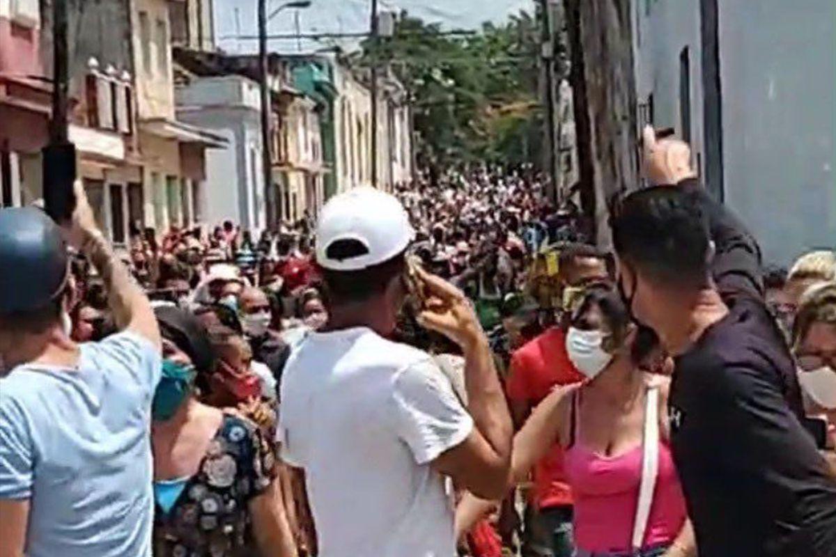 Una protesta lanzada en dos municipios de Cuba amenaza con encender la saturación de los ciudadanos del país  Internacional