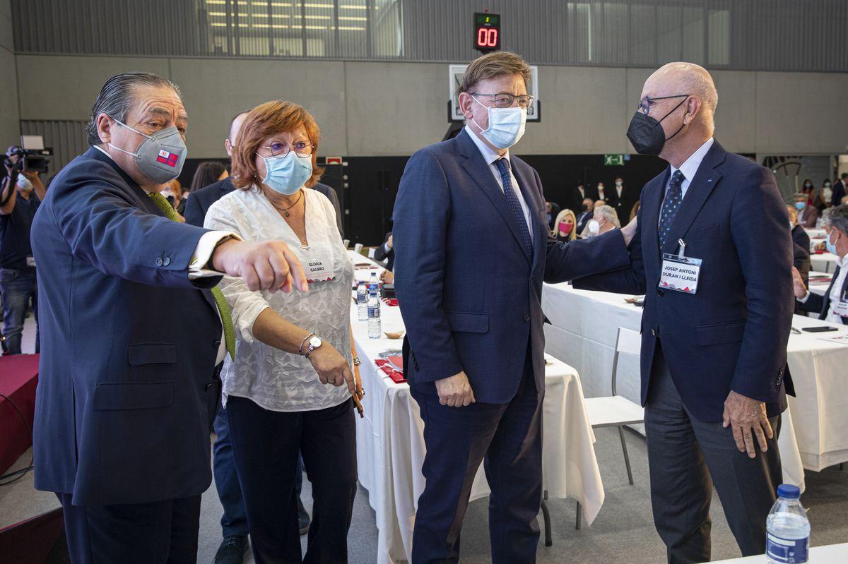 Ximo Puig exige que la sede del puerto estatal de Pedro Sánchez se traslade de Madrid a Valencia    Ciencias económicas