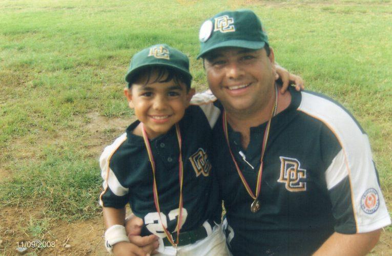 Salvador Ferrara y su pasión por el béisbol