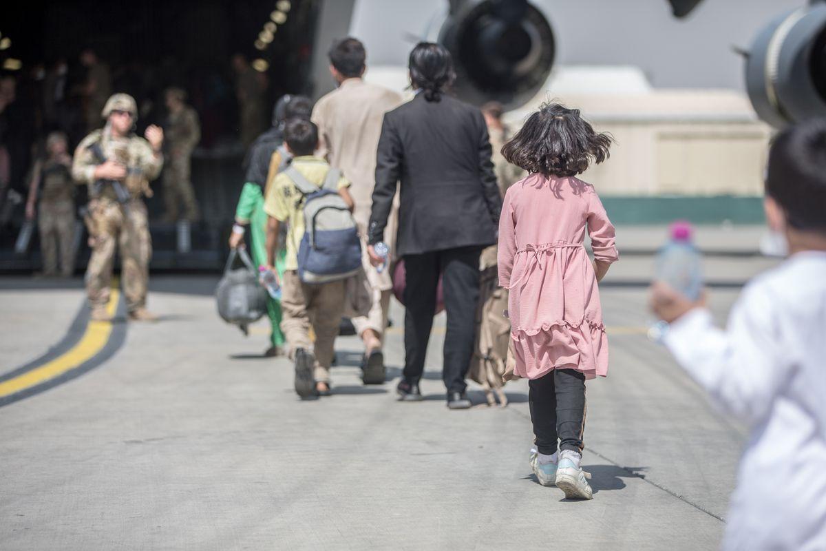 Afganistán: Francia investiga a cinco afganos evacuados de Kabul por presuntos vínculos con los talibanes |  Internacional