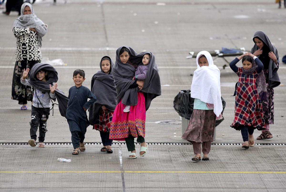 Austria y Polonia lideran el ala dura de la UE para frenar la afluencia de refugiados afganos    Internacional