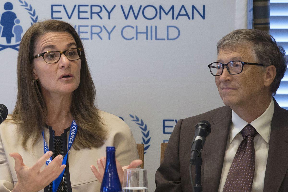 Bill y Melinda Gates, que mantendrán sus apellidos, ya están divorciados    Gente
