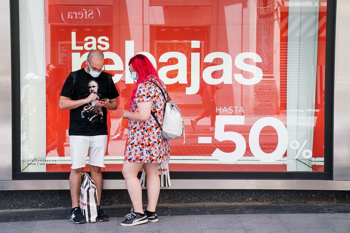 Comercio: La campaña de ventas se recupera, pero se mantiene un 30% por debajo de 2019  Ciencias económicas