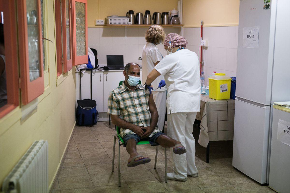 Covid-19: No vacunado: infección negativa, sospechada o reciente  Comunidad