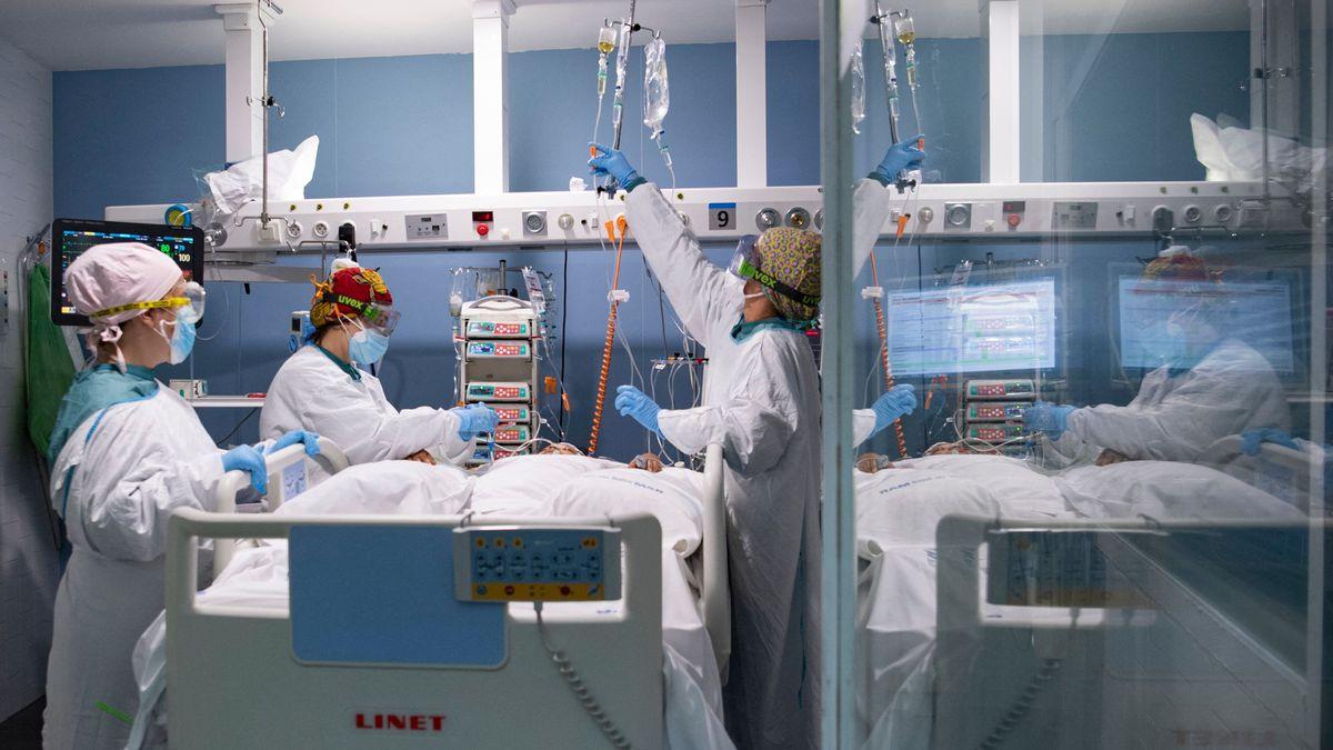 Covid-19 en España: La disminución de las infecciones por coronavirus ya se refleja en la disminución de los ingresos hospitalarios    Comunidad