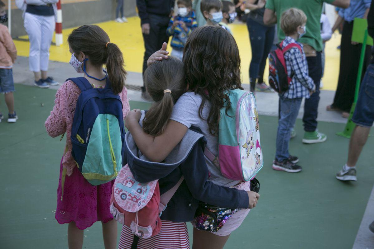 Dada la libertad de elección de los centros educativos en Madrid: ¿existe cuando se reducen las plazas?     Madrid