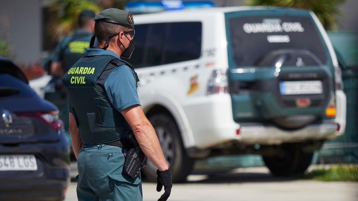 Dos detenidos por reiterada violación de niña de 19 años en Formentera  Comunidad
