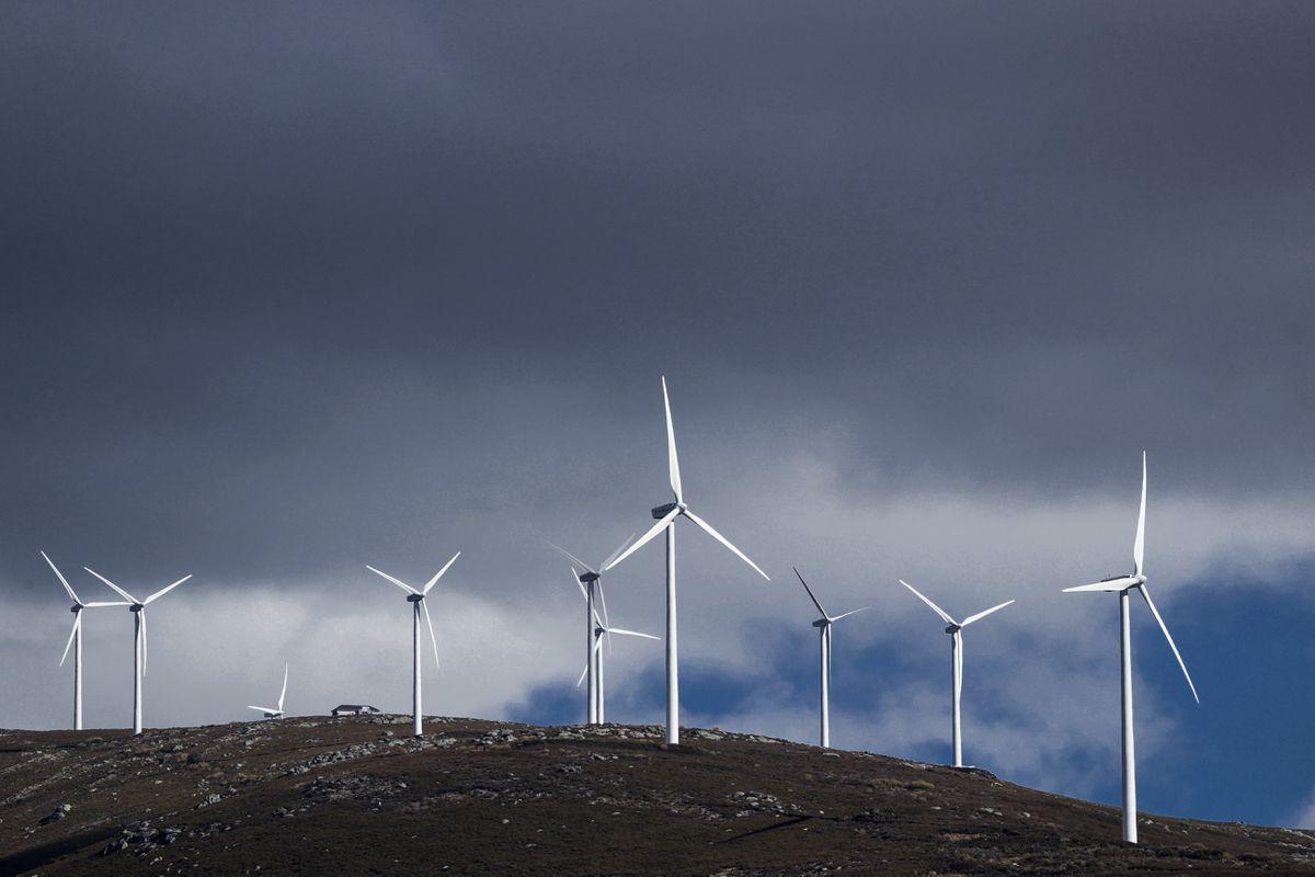 El aumento del precio de la electricidad está alimentando la controversia sobre el sistema eléctrico  Ciencias económicas
