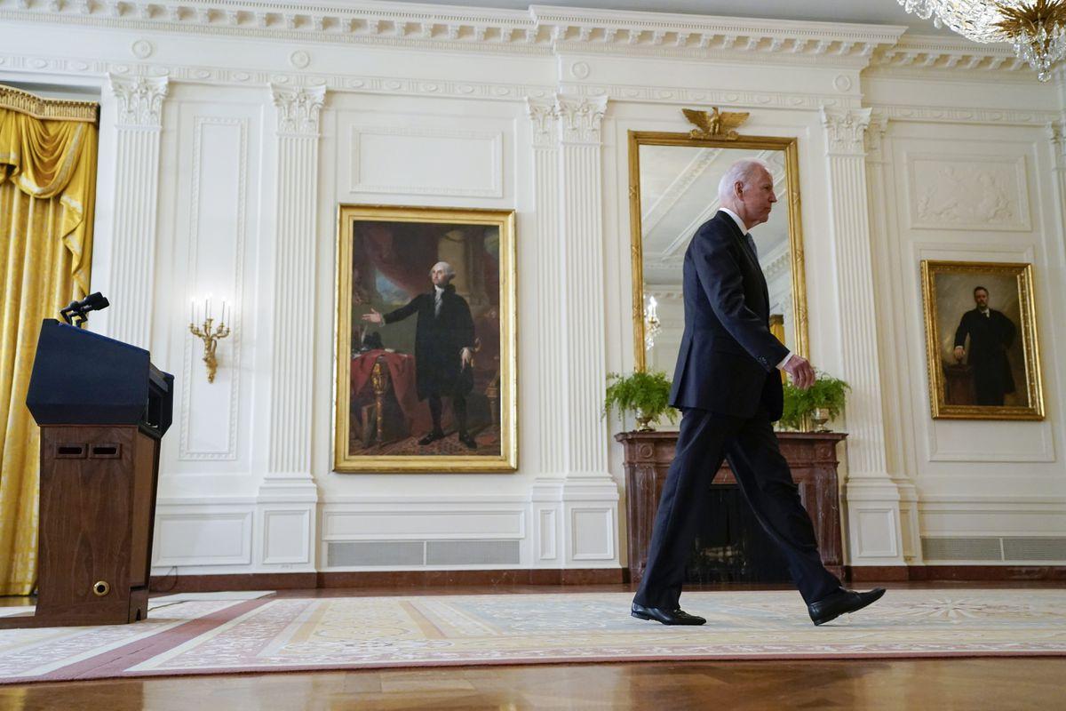 Estados Unidos: Las críticas al gobierno de Afganistán por la cría acorralaron al presidente Biden |  Internacional