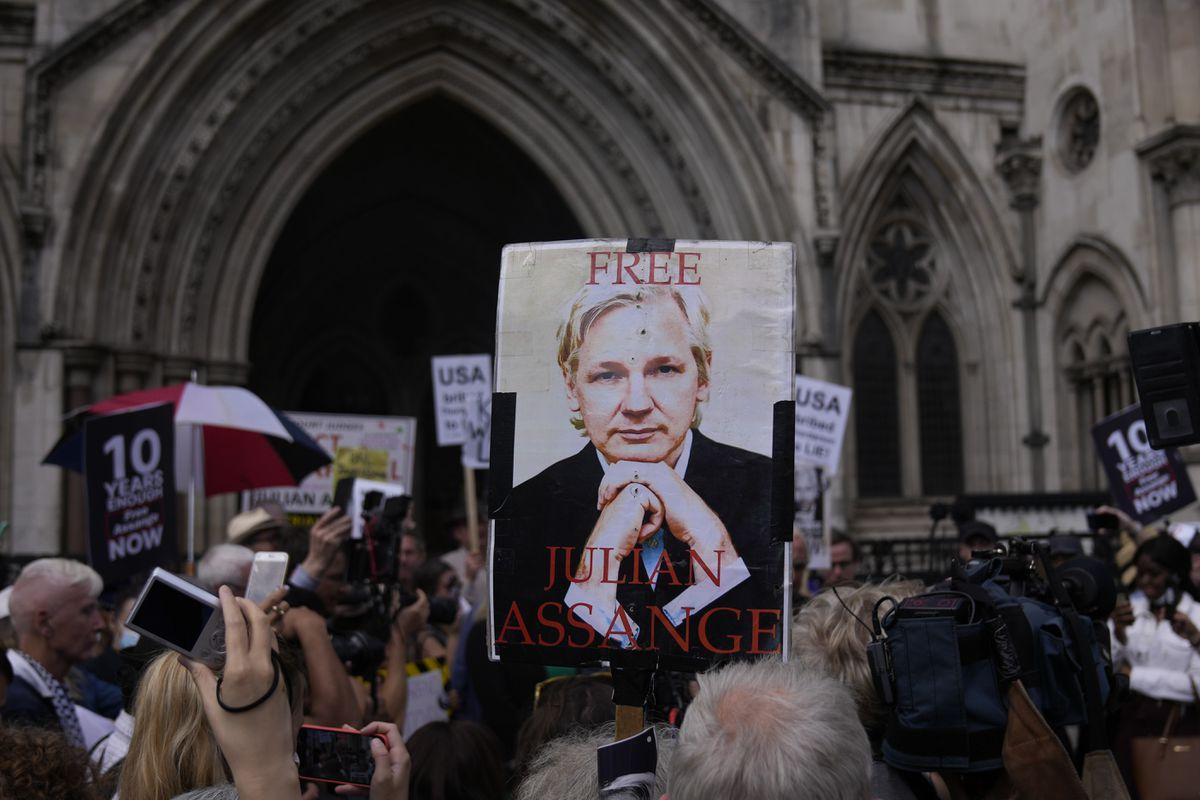 Estados Unidos gana en un intento de extraditar a Julian Assange  Internacional