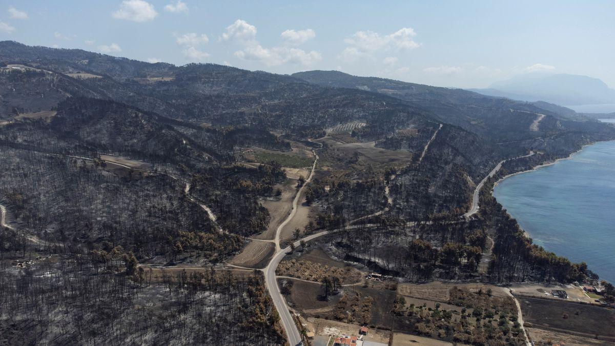 """Eubea, isla de Grecia, donde el fuego """"quemó el futuro""""  Internacional"""
