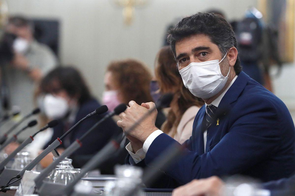 Gobierno y Generalitat se encuentran fuera de agenda para negociar la ampliación del aeropuerto de El Prat |  Cataluña