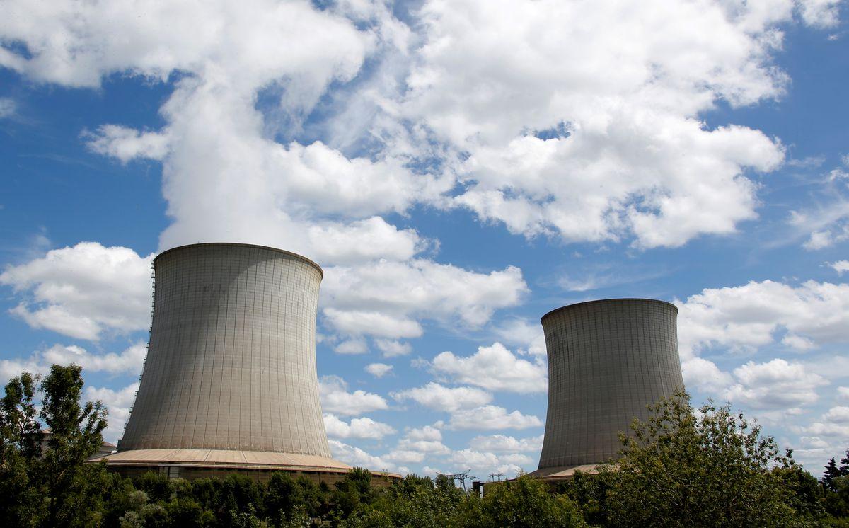 Las empresas públicas de electricidad son habituales en la UE, pero la instalación de una en España ya no reducirá la factura de la luz |  Ciencias económicas