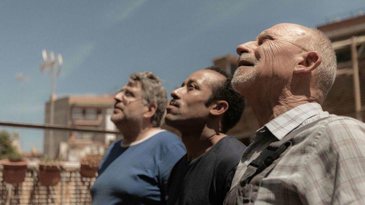 Los fontaneros de Neus Ballús, elegidos como mejores actores en el Festival de Cine de Locarno    Cultura