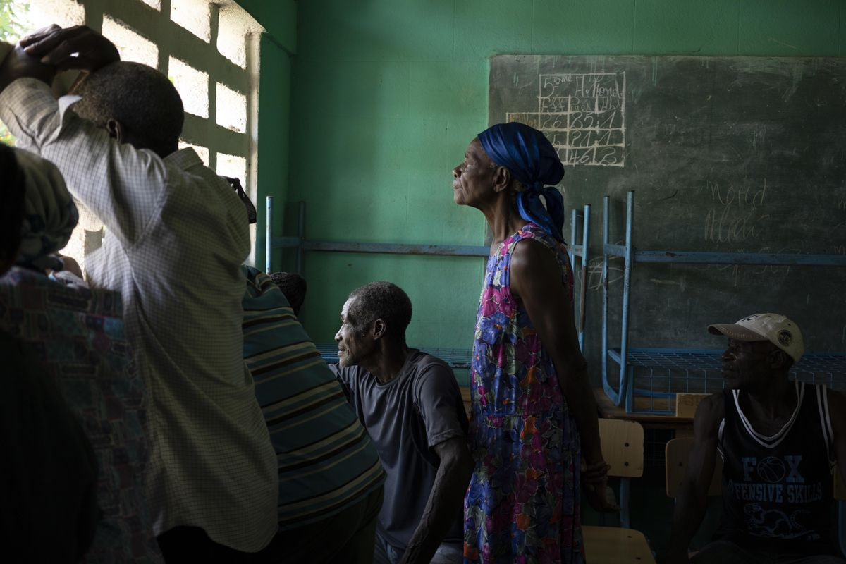 Problemas de robo y distribución impiden la llegada de ayuda humanitaria a Haití |  Internacional
