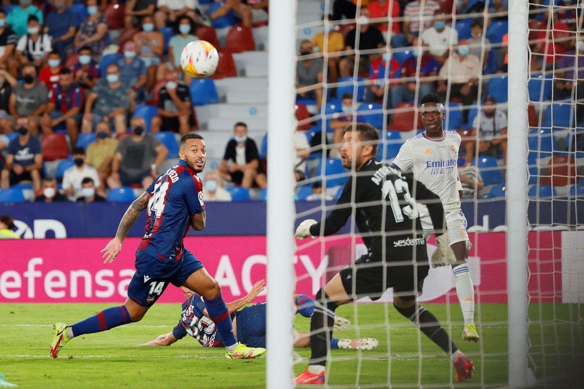 Real Madrid: las obligaciones de Vinicius  deporte