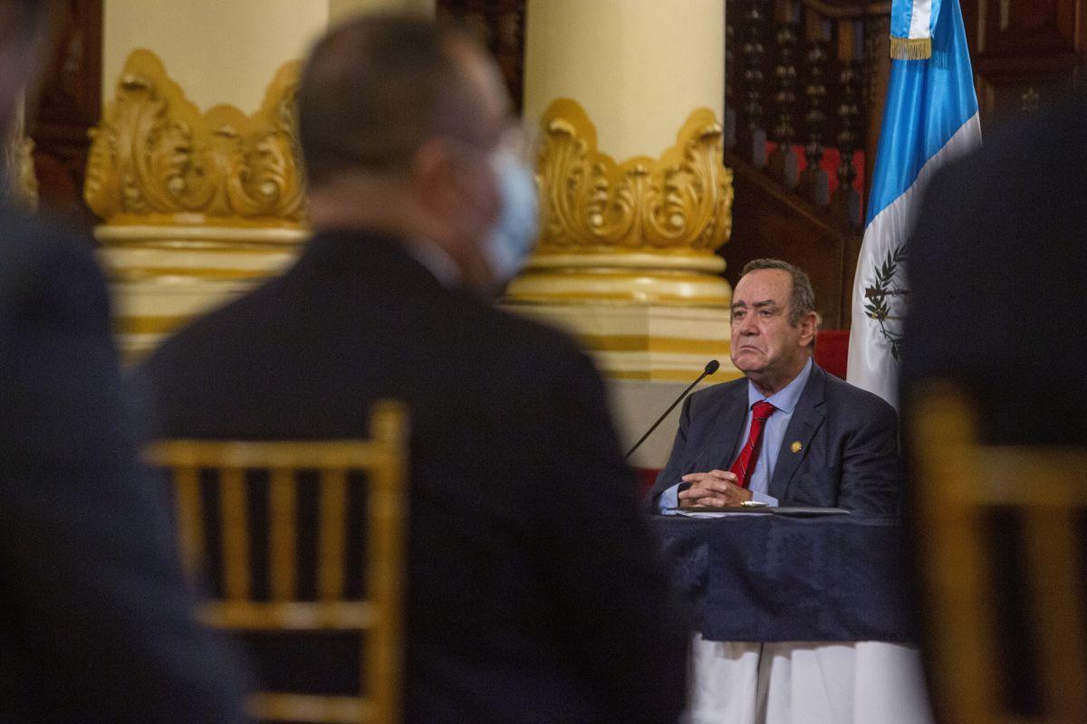 Alejandro Jamatei: Presidente de Guatemala bajo investigación por presunto soborno a empresarios rusos    Internacional