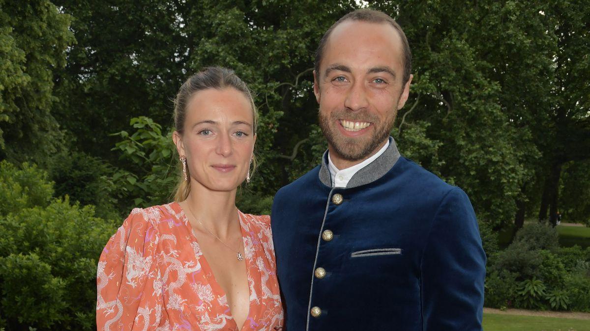 Alizée Thevenet: la nuera de la duquesa de Cambridge usó el vestido de novia que le puso su suegra hace 40 años en su boda con James Middleton    Gente