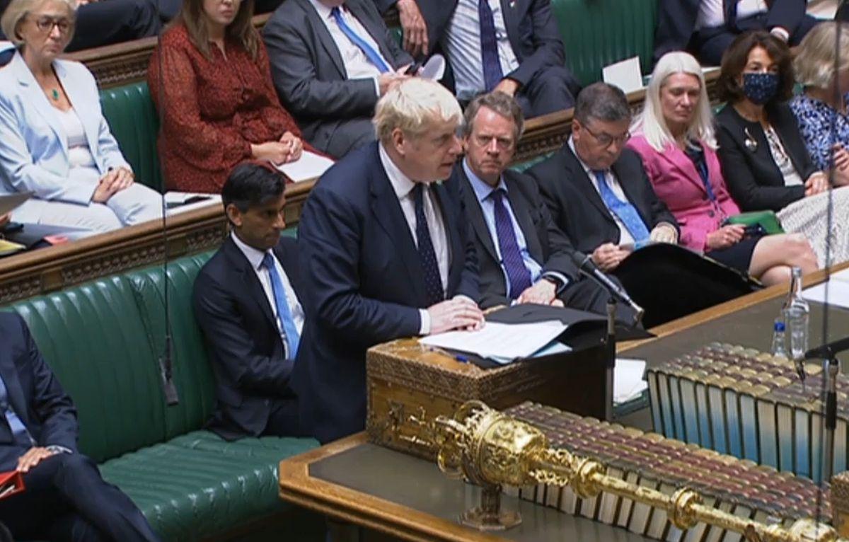 Boris Johnson rompe su promesa y aumenta los impuestos para salvar la salud pública  Internacional