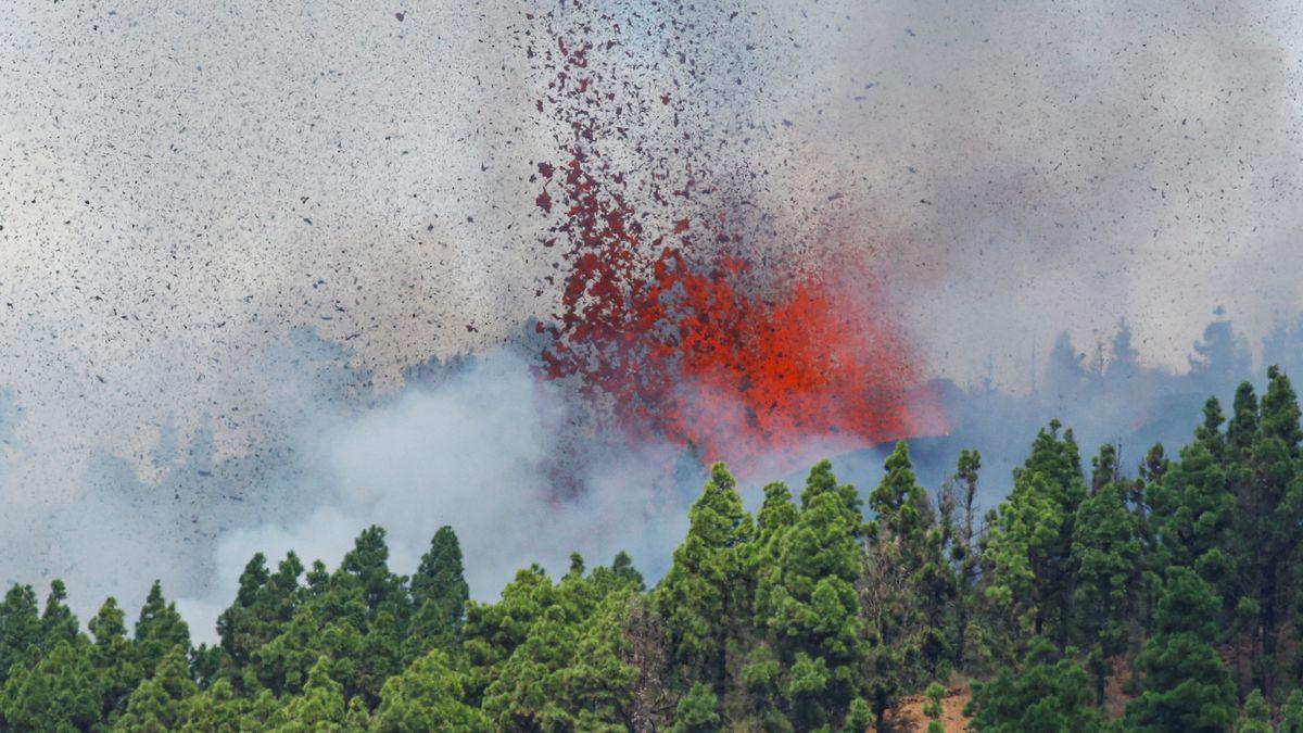 Canarias: Video  La erupción del volcán de la Palma  Videoclips