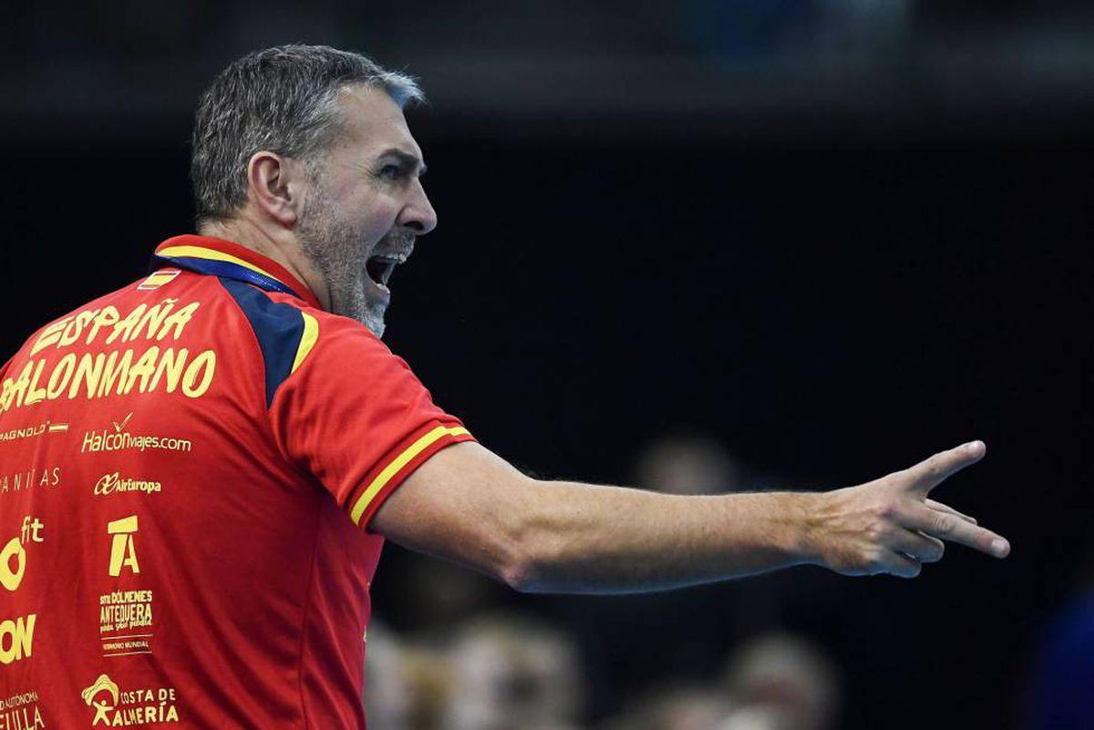 Carlos Weaver despedido como entrenador de Guerreras    deporte