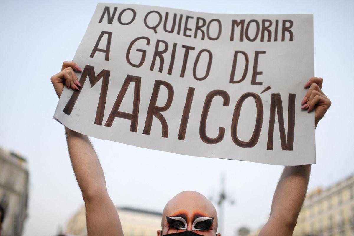 Detenido líder de agresiones y humillaciones homofóbicas en Jaén  Comunidad