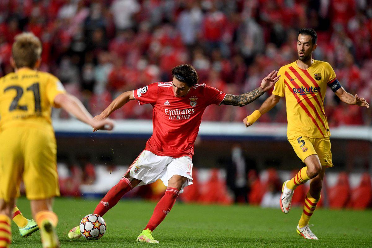 El Benfica venció al Barcelona y agravó su crisis  deporte
