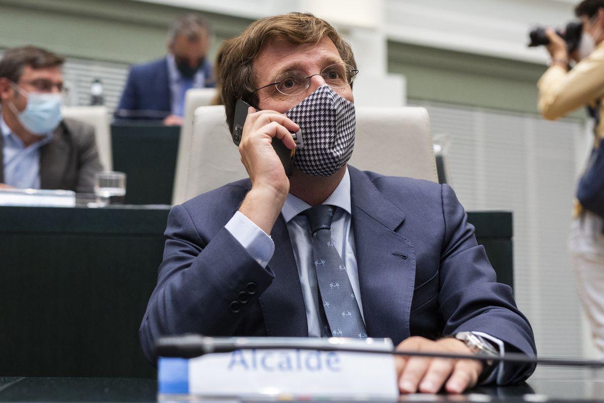 El alcalde de Madrid reduce la agresión homofóbica a una campaña de izquierda  Madrid