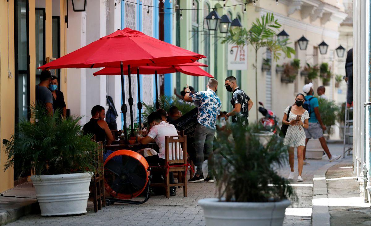 El gobierno cubano permite a las primeras 32 empresas privadas  Ciencias económicas