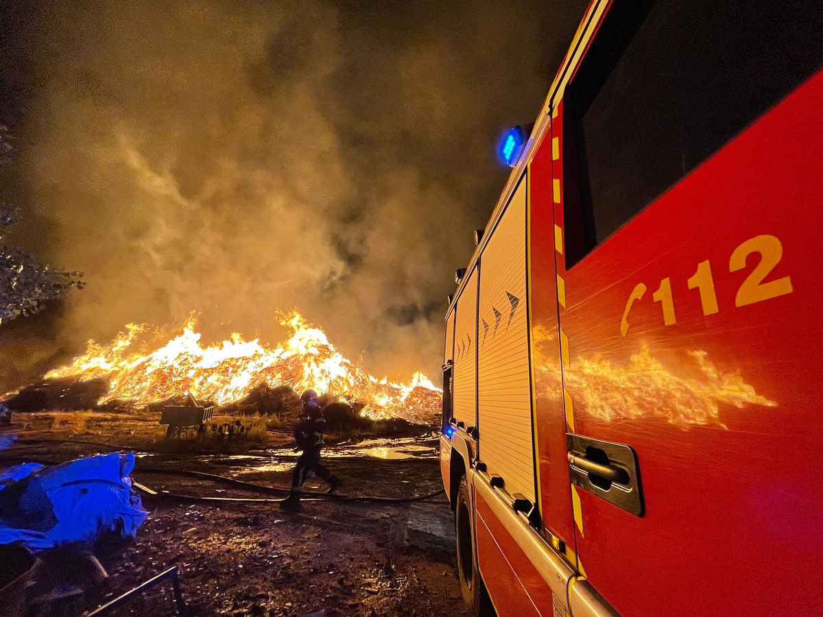 El olor a quemado del fuego San Sebastián de los Reyes se esparce por Madrid |  Madrid