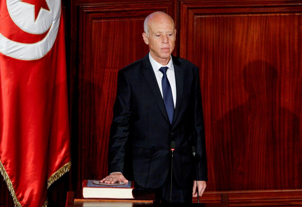 El presidente de Túnez anuncia su intención de reformar la Constitución con un parlamento suspendido  Internacional