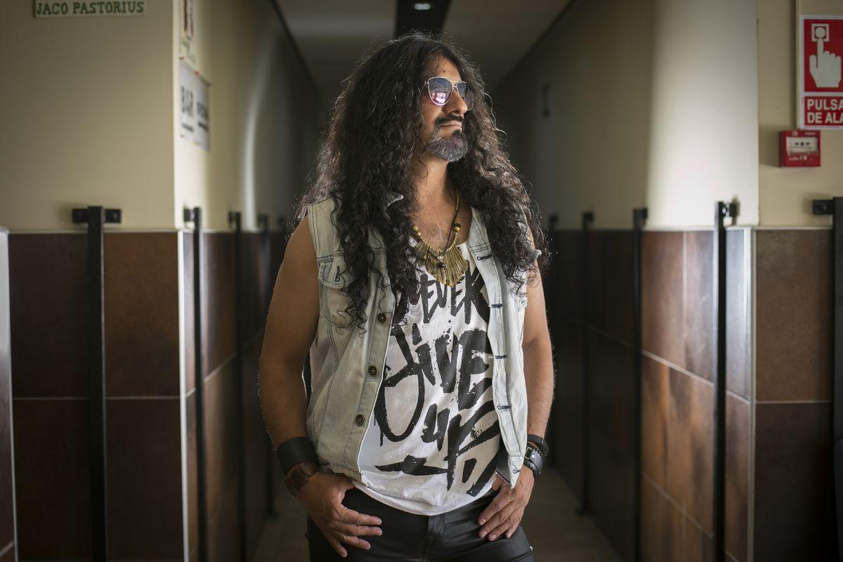El rock español vive en tensión por la grave operación que enfrenta el cantante José André, ex Miago de Oz    Cultura