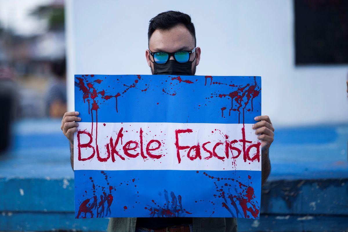 Erosión democrática en El Salvador  Opinión