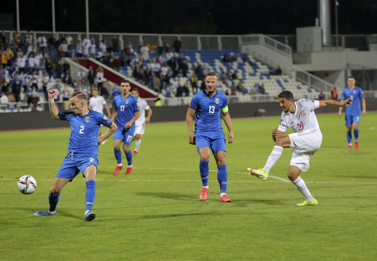España hace estragos en Kosovo  deporte