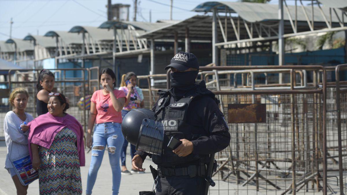 Guayaquil: Nuevo motín en prisión de Ecuador deja 30 muertos y 50 heridos  Internacional