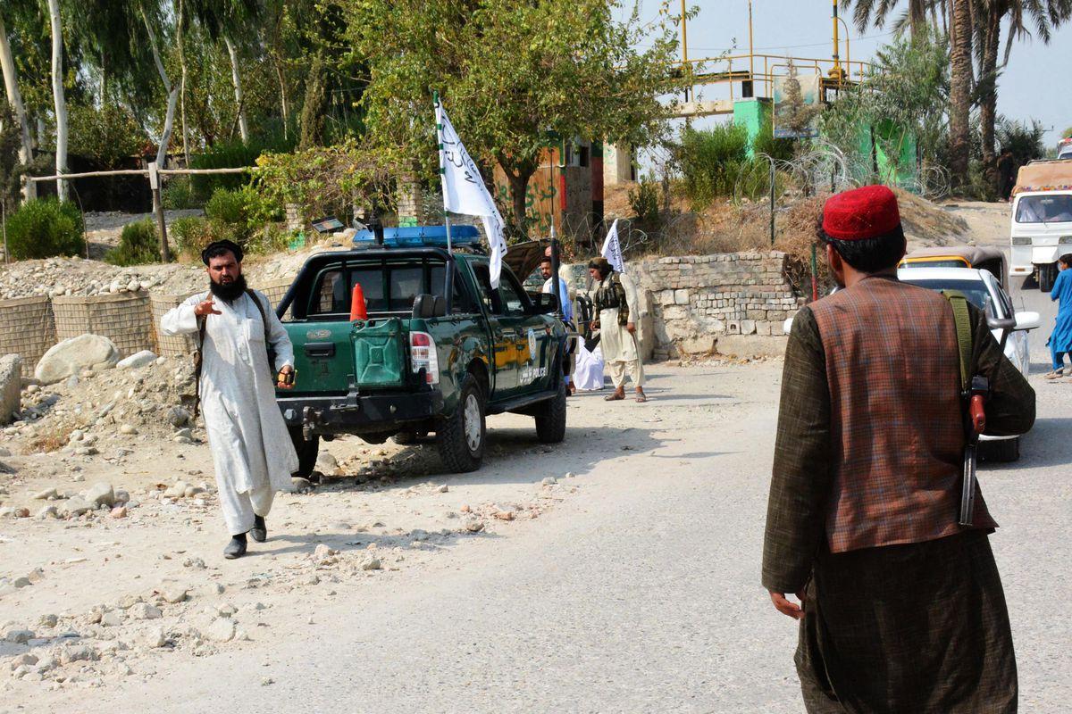 Jalalabad: Al menos tres muertos en el primer ataque desde la salida de Estados Unidos de Afganistán    Internacional