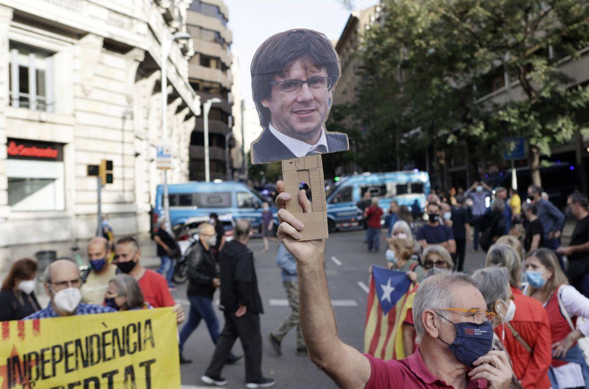 Juez italiano examina hoy si libera a Carles Puigdemon en medio de dudas sobre la regulación y la inmunidad de la UE    España