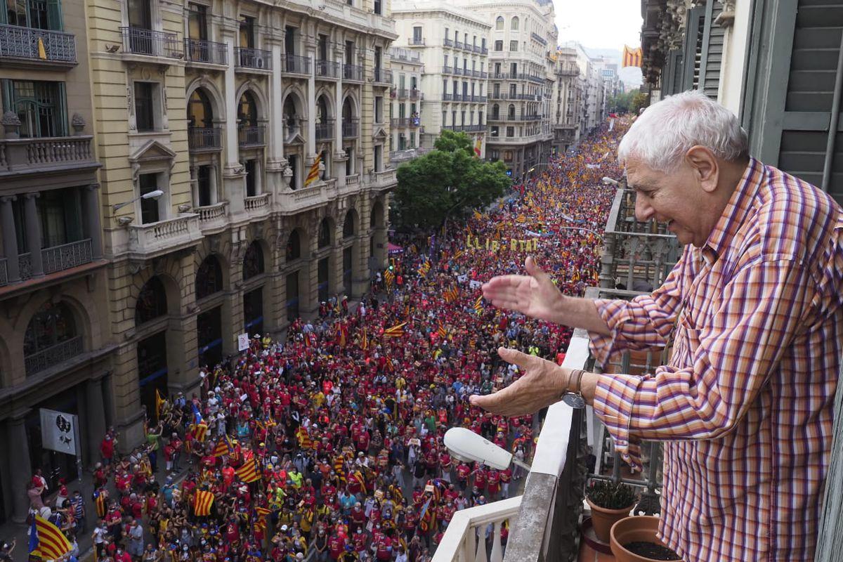 La Diada: El independentismo se divide frente a la mesa de diálogo  Cataluña