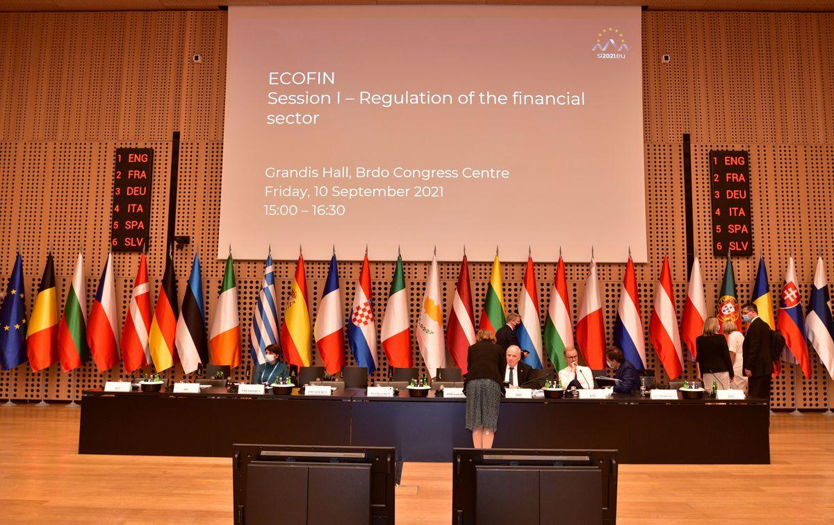 La UE tiene la intención de excluir de la deuda las inversiones destinadas a la transición medioambiental  Ciencias económicas