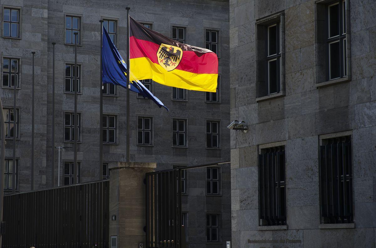 La fiscalía registró el ministerio que lidera al candidato socialdemócrata en las elecciones alemanas  Internacional